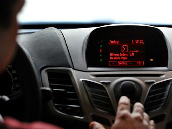 Автомобили Ford научатся контролировать сахар в крови водителя